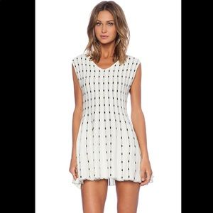 J.O.A. Dotted dress in ivory - M